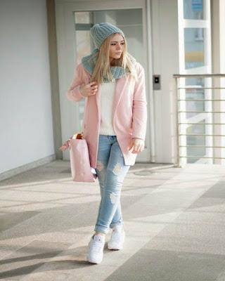 outfit de invierno colores pasteles