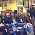 OMG Woman's Legs Missing ? 6 ladies,5 Pair Of Legs !! Viral Group Photo and you HAVE to see