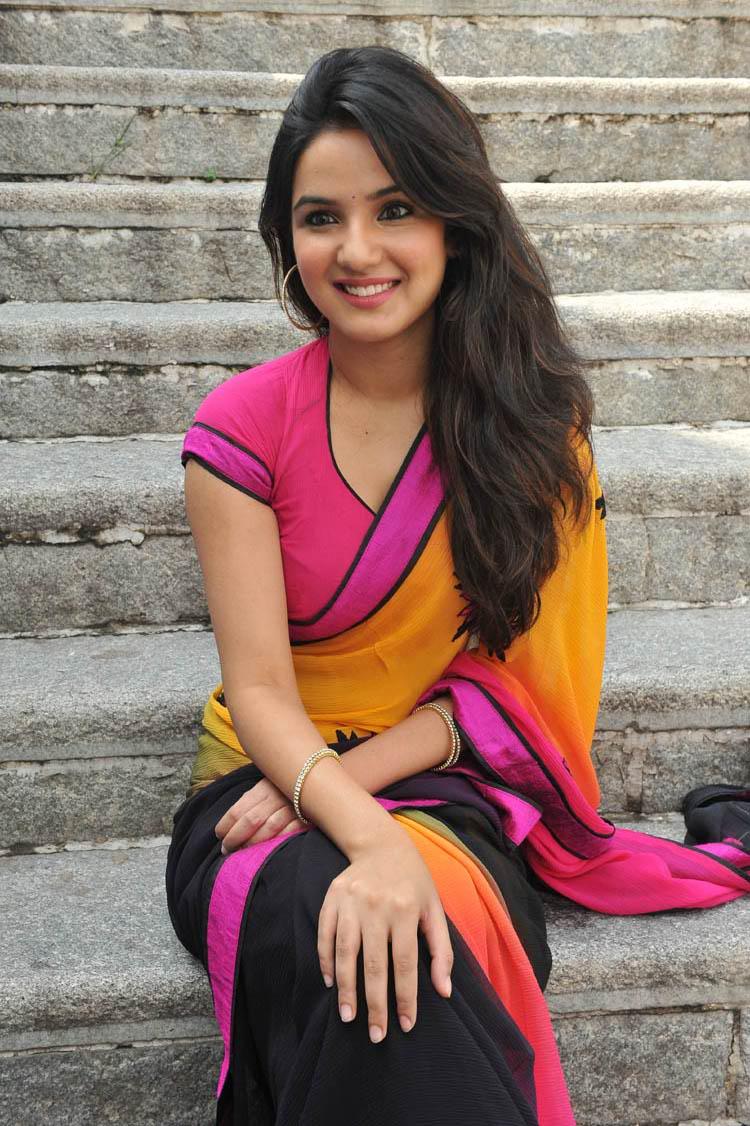 Latest Actress And Actor Pictures Telugu Actress Jasmine -2846