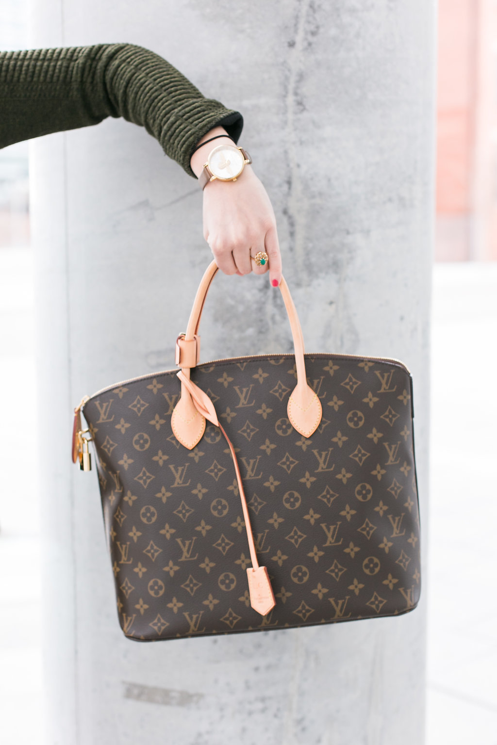 Bijuleni - Louis Vuitton Mongram Lockit MM