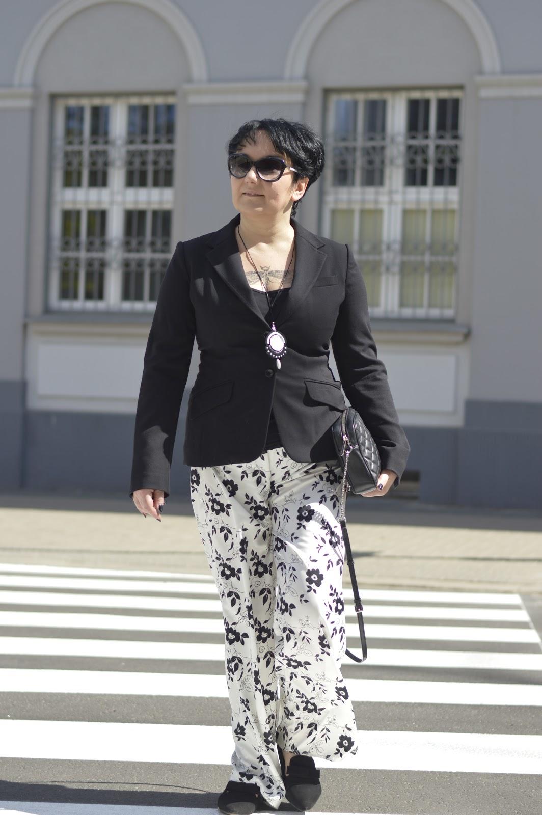Black and white stylisation, Black and white fashion, H&M jacket