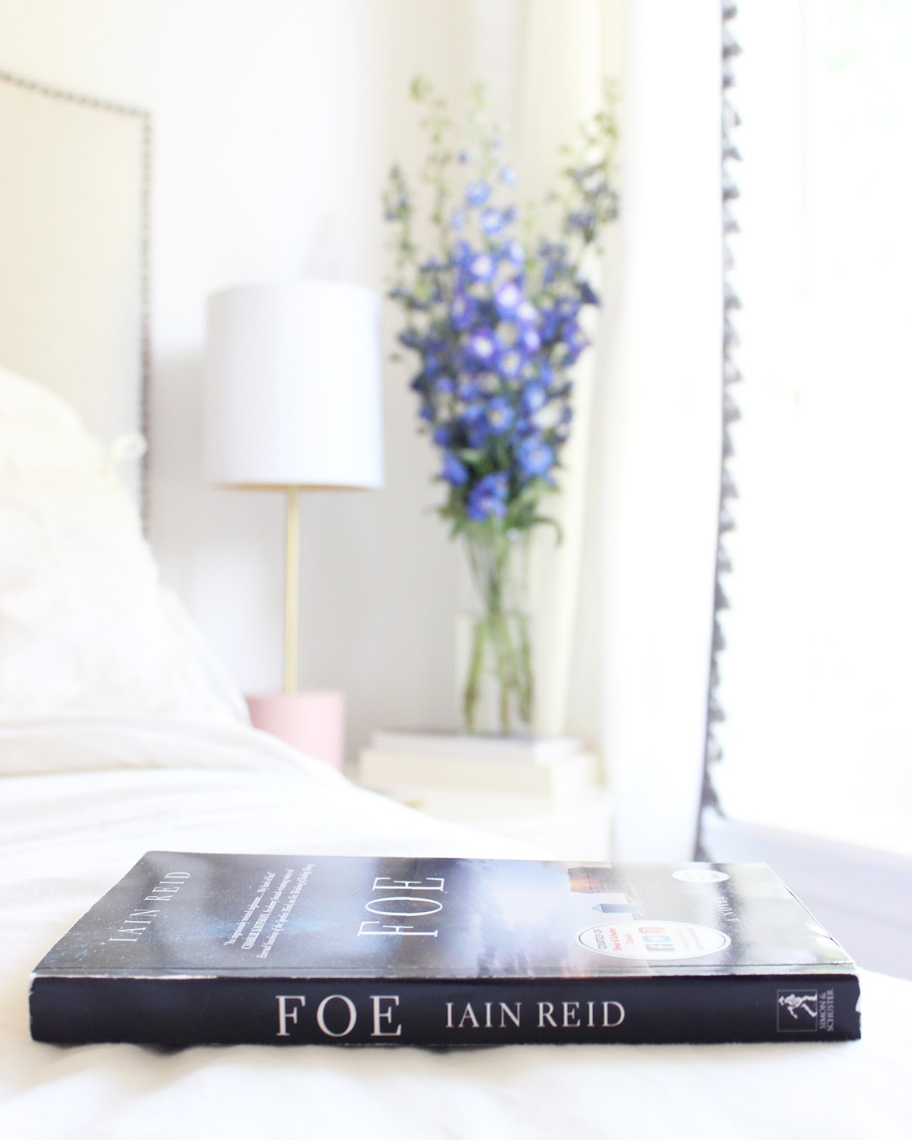 foe, book review, Iain Reid, thrillers, science fiction, books