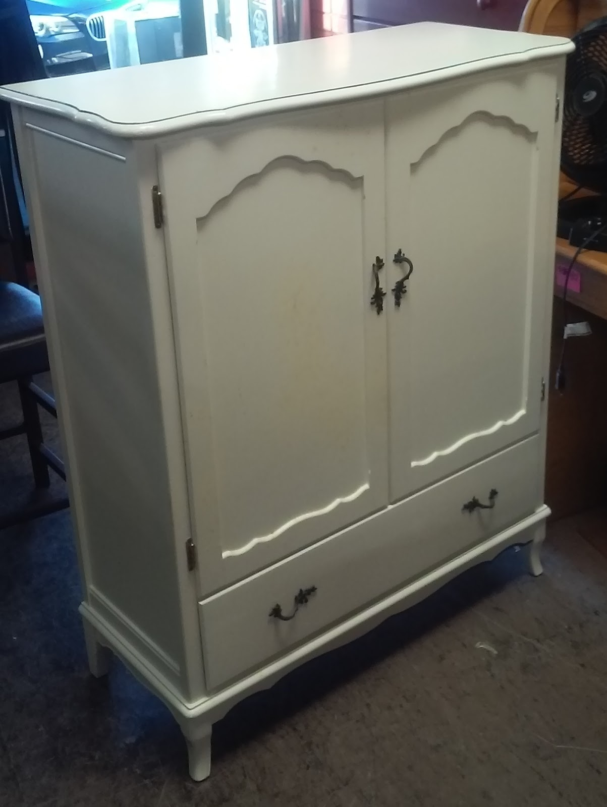 Uhuru furniture amp collectibles sold reduced french style