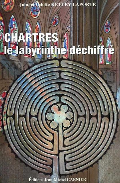 """""""Chartres, o labirinto decifrado"""", de John e Odette Ketley-Laporte"""