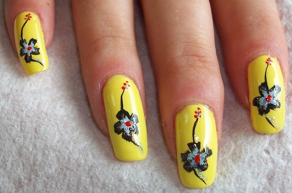 Nail Art Designs Yellow And Black To Bend Light