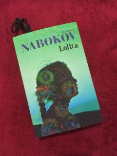 """nowe wydanie MUZY, """"Lolita"""" Vladimir Nabokov, fot. paratexterka ©"""