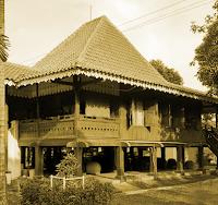 Keunikan-Sejarah-Rumah-Adat-Tradisional-Bubungan-Lima-Bengkulu