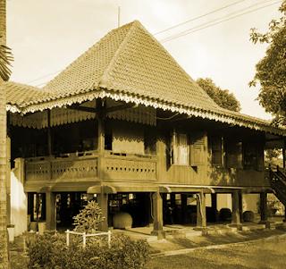 Keunikan Sejarah Rumah Adat Tradisional Bubungan Lima Bengkulu Tempat Wisata Keunikan Sejarah Rumah Adat Tradisional Bubungan Lima Bengkulu