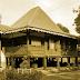 Keunikan Sejarah Rumah Adat Tradisional Bubungan Lima Bengkulu