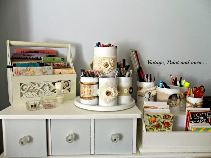 Vintage, Paint and more... recycling tin cans to be used as pen and pencil organization