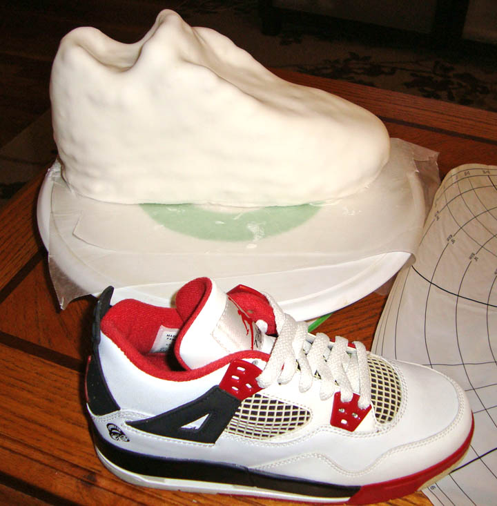 Fondant Icing Laced Shoes
