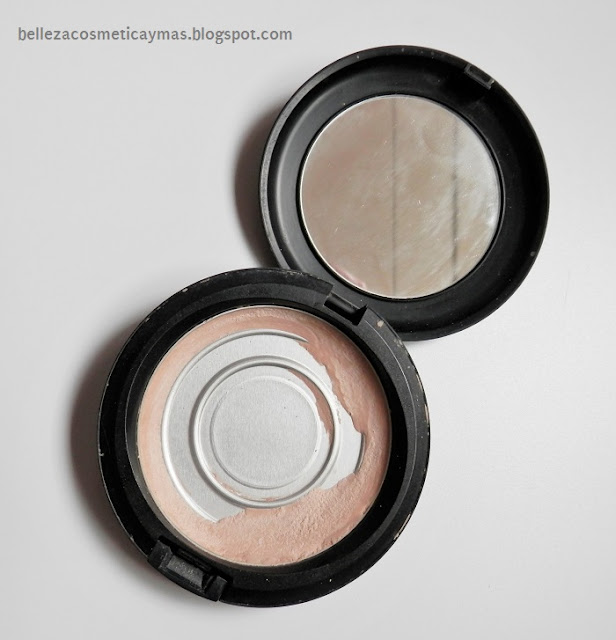 Polvos Compactos Blot Pressed Powder de Mac