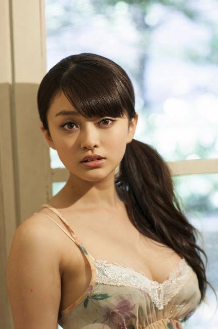 山地まり Yamachi Mari Pictures 16