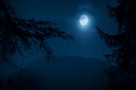 Puisi Bulan Di Bukit Pelangi   Kumpulan Puisi Cinta [Tentang Bulan]