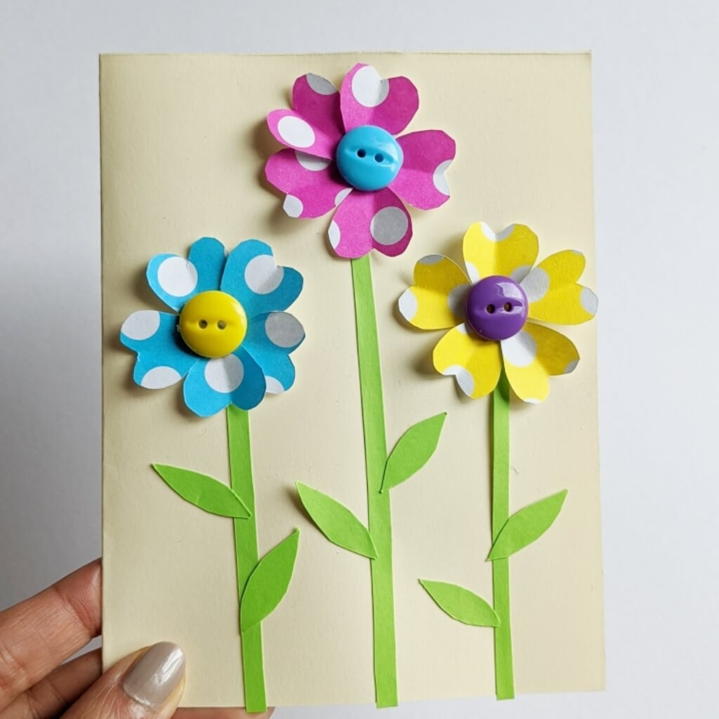 Simple handmade card for moms, grandmoms and teachers.