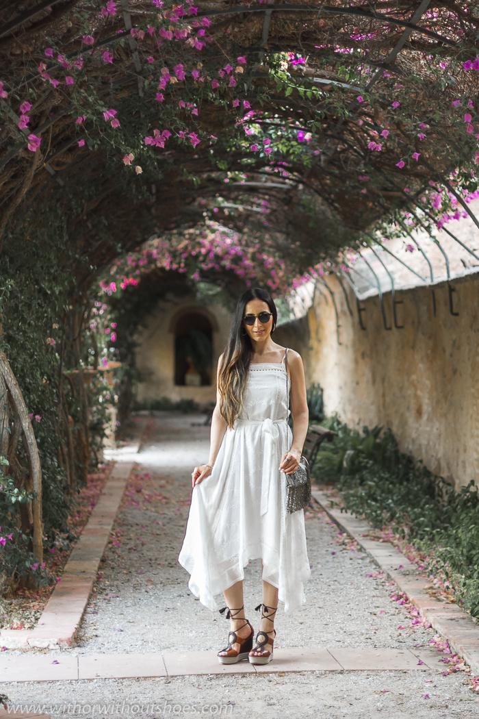Blogger influencer de Valencia con ideas de look con vestido y zapatos bonitos