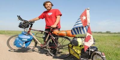 Jeremy Bally Kampanye Papua Merdeka dengan Bersepeda di 7 Negara