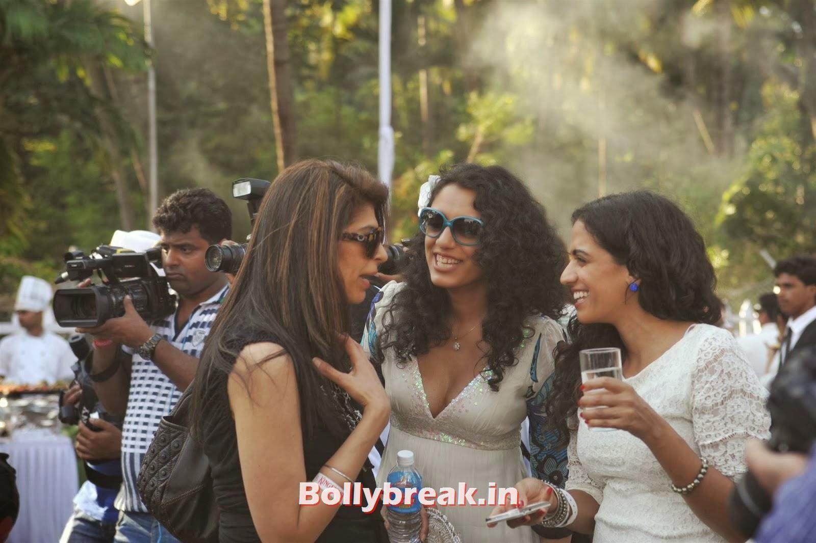 , Full Set : Super Hot Models at Kingfisher Calendar Launch In Alibaug Mumbai