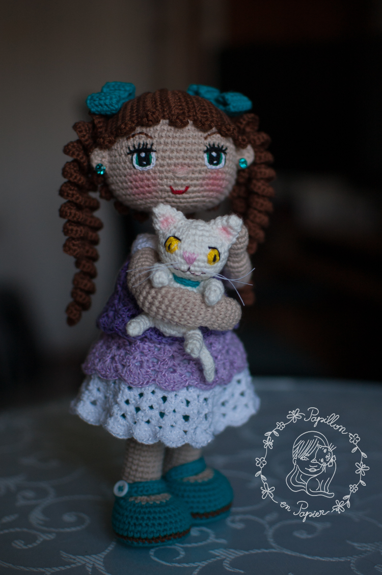 Amigurumi Blue Dress Doll Free Pattern | 1128x750