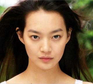 6.shin min ah - artis korea tercantik dan terseksi di tahun 2017