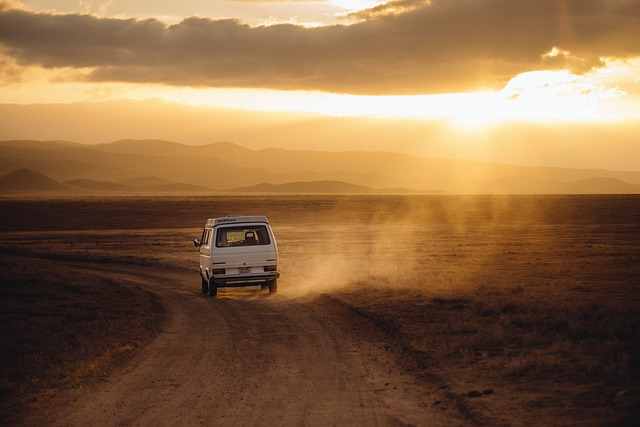 4 Tips for Surviving Long Road Trips