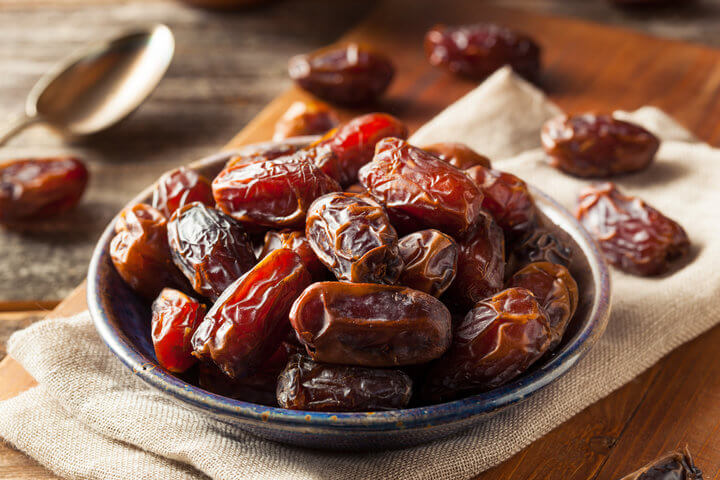 eat 2 dates every day for a week see what happens to your skin