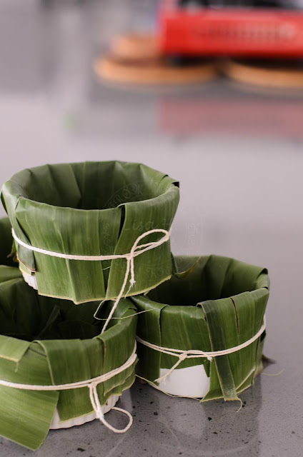 Ramekins and banana leaves