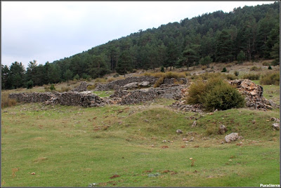Ruinas de Casa Marín y su torruco