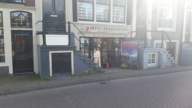 cover picture image photo disquaire amsterdam holland record store