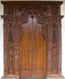 gebyok jawa, pintu gebyok, rumah pintu gebyok, pintu gebyok, ukiran bali, gebyok jepara, harga pintu gebyok, pintu gebyok bali, gebyok pelaminan