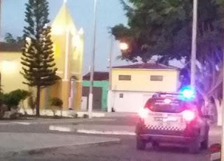 Bandidos fazem 'arrastão' em loja de celular no centro de Jaçanã, RN