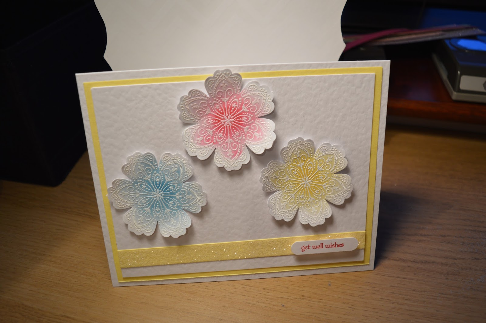 Sukilu Crafts Ombre Flower Card Embossing Technique Handmade