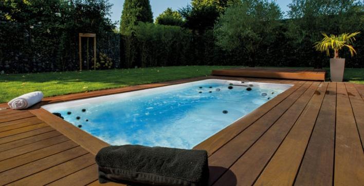 M water d aquilus un concept hybride et sur quip for Accessoire piscine aquilus