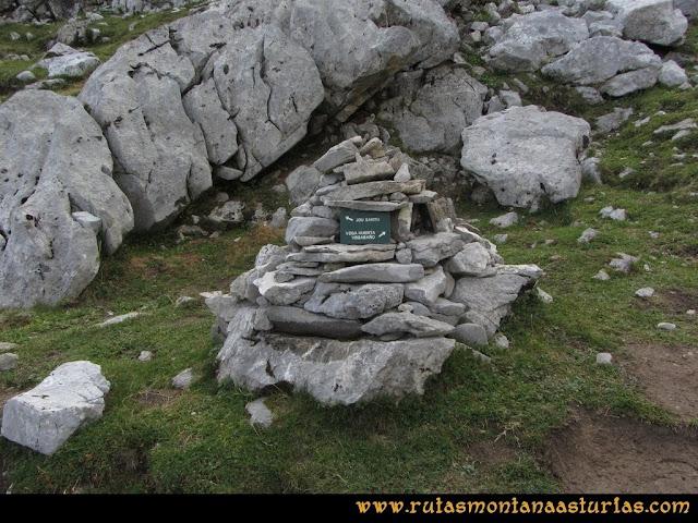 Ruta Pan de Carmen, Torre de Enmedio: Indicador a Vegabaño