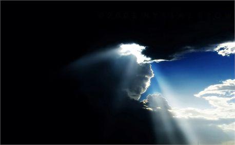 الحمد لله الذي خلق السماوات والأرض وجعل الظلمات والنور ثم الذين كفروا بربهم يعدلون