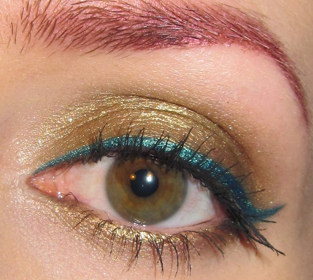 Glitter is my crack Gold with Teal Eye liner Makeup Look