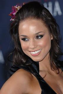 Alicia Keys Naya 59