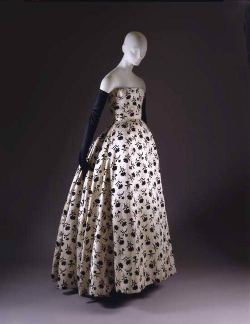 d2fe087612189 Vintage Christian Dior Dresses Part 2 - Style Vanity