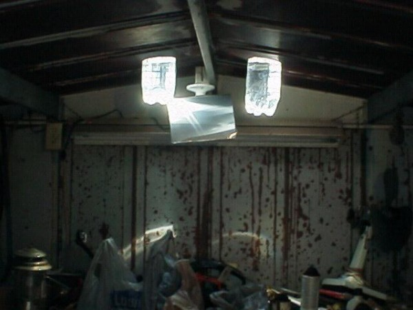 Juggaar Hack Your Life Bottle Roof Lighting Green Energy