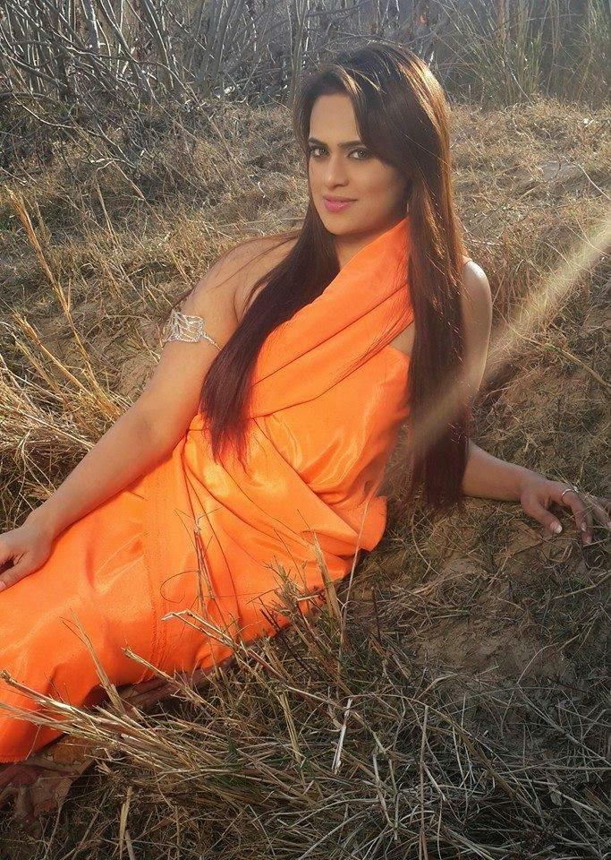 Famous indian punjabi aunty having hard sex - 1 part 9