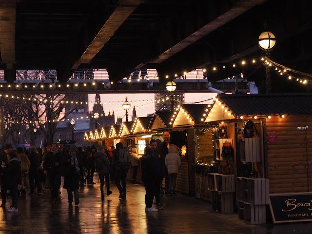 london embankment winter fair