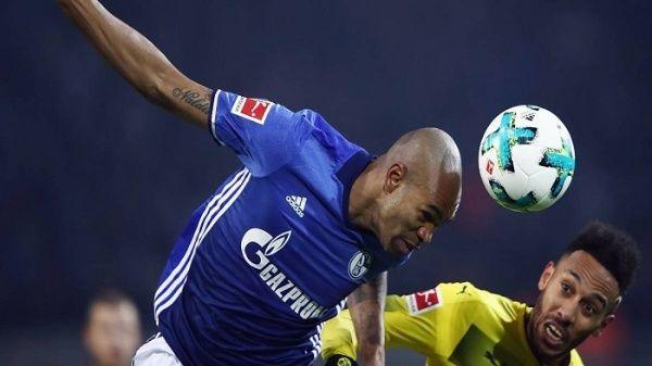 Crean collar para proteger a futbolistas de lesiones en la cabeza