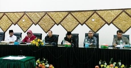 Semua Fraksi di DPRD Kota Padang Sepakati KUPA-PPAS APBD Kota Padang Tahun 2017