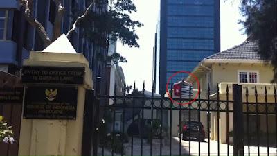 Indonesia Protes bendera OPM berkibar di gedung KJRI Australia