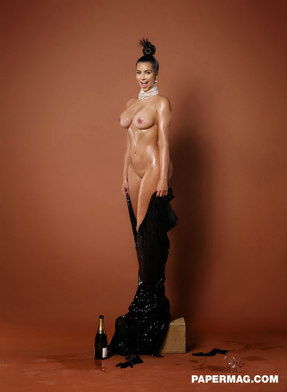 kim k naked photoshoot