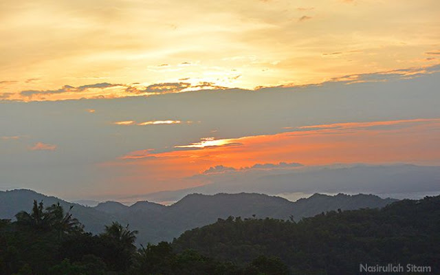 Sunrise di Gunung Bantal Nglanggeran