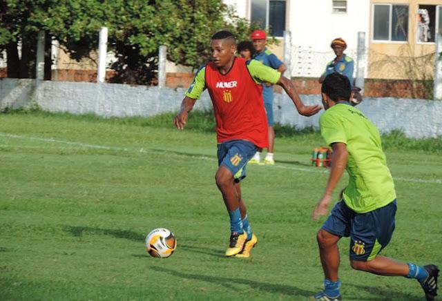Após aproveitar 'folga', Sampaio mira o São José-MA e começa a montar time