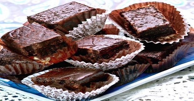 Chocolate Fudge Squares Supreme Recipe