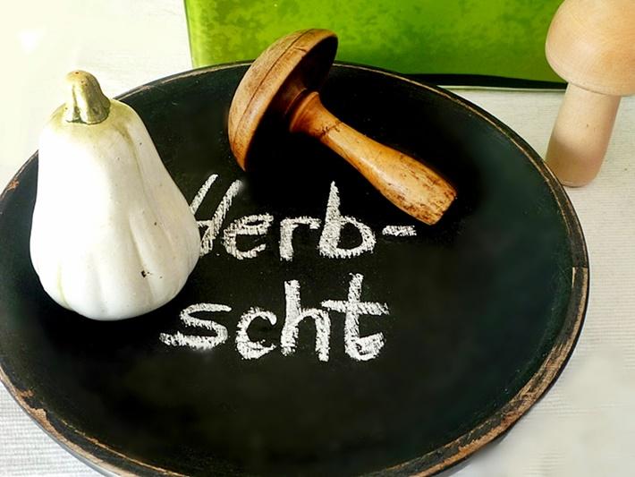 Herbstdeko mit Kürbis, Pilz und Tafel-Teller - DIY vonKarin