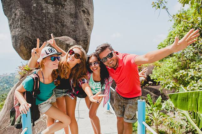 Ini 4 Alasan Menghabiskan Uang untuk Traveling Masih Lebih Baik Daripada Shopping, Girls!